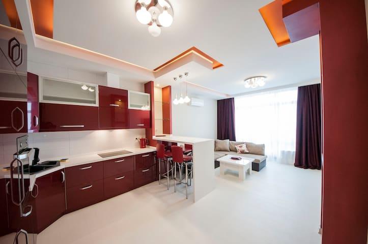 Роскошная квартира  в Аркадии!