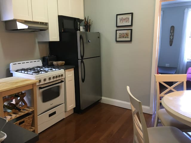 Beautiful private 1 bedroom apartment in Manhattan