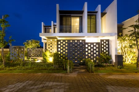 Green villa in Oceanami Villas 5* Resort