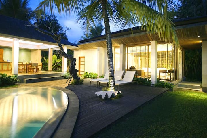 2BR POOL VILLA, PERFECT FOR FAMILY OR TWO COUPLES