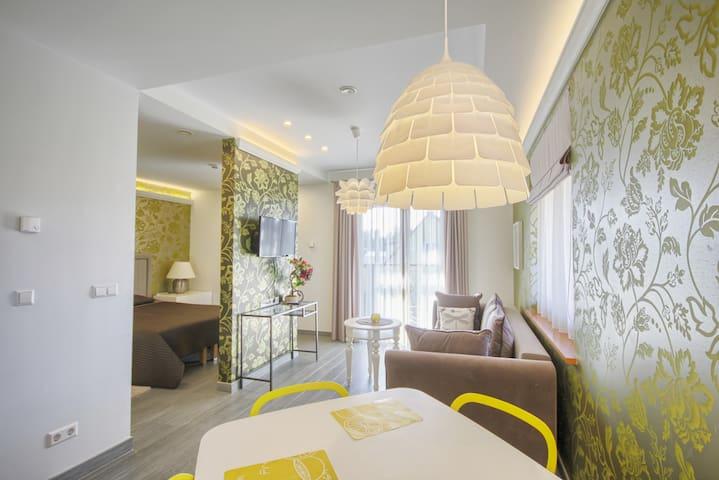 Vila Nikolas yellow apartments