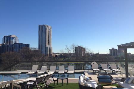 New Luxury Apartment on the Lake - Austin - Apartment
