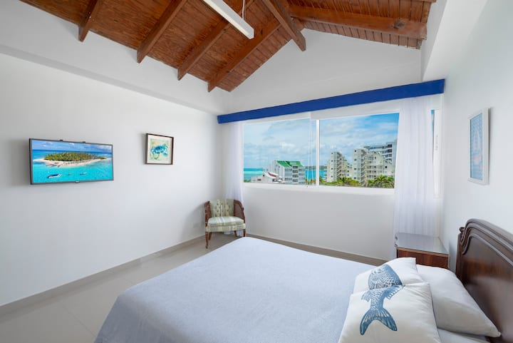 Penthouse Sea View 705A RNT: 68165