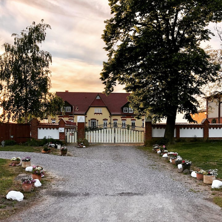 Große Ferienwohnung im Bauernhaus Ostseebrise