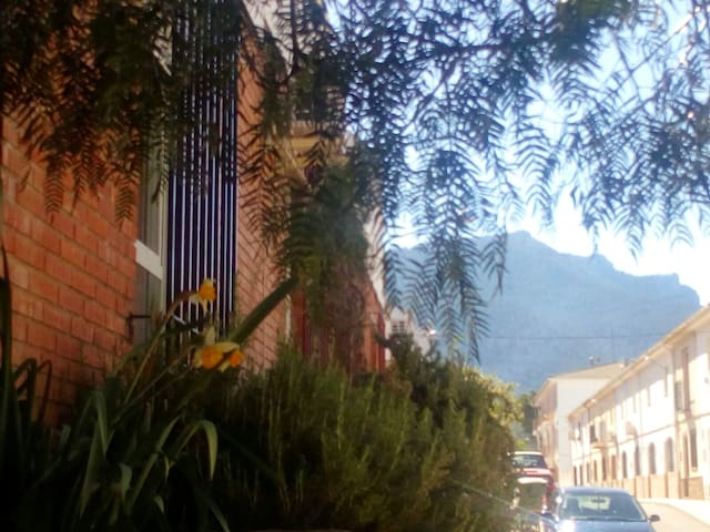 House with 4 bedrooms in Siles, Jaen, with wonderful mountain view, balcony and WiFi