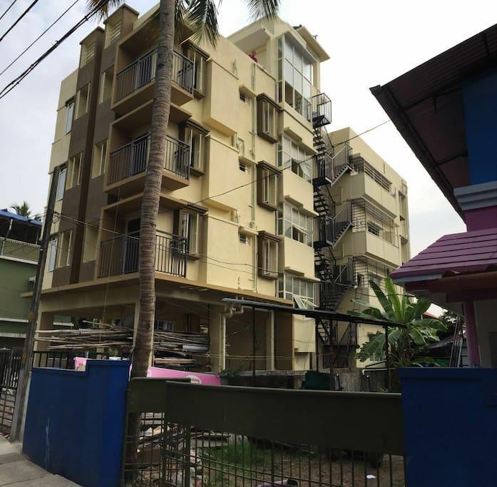 Silver Aquino Service Apartment Building view