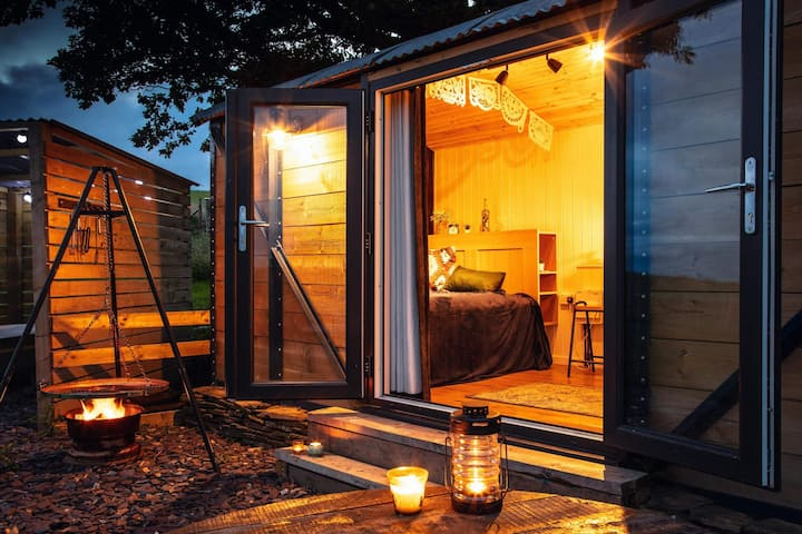 Under the Oak Glamping, Cynefin