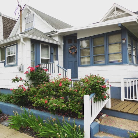 Sea Angel Cottage, Ocean Grove | Just Renovated!