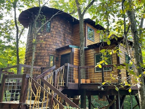 Whispering Elm Treecabin Hidden Valley Retreat