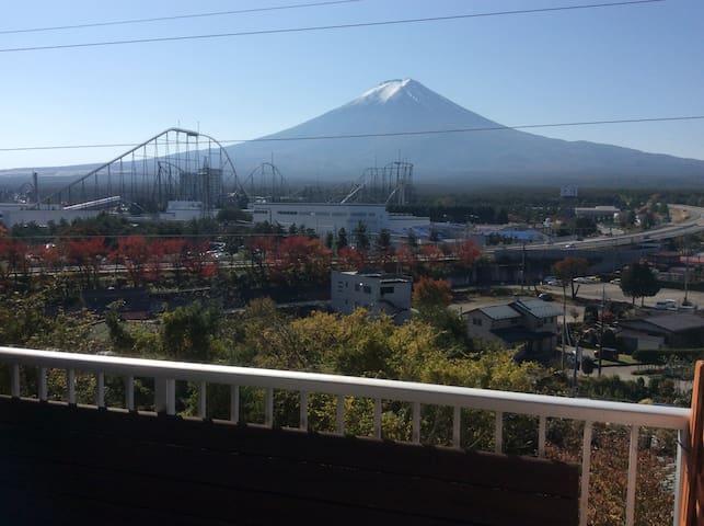 Near Mt Fuji! 4BDR Apt/5min to Fuji-Q Highland Sta - Fujiyoshida - Wohnung