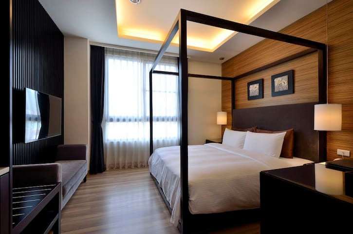 Double room in Puli, Close to bus station. - Puli Township - Boutique-hotell