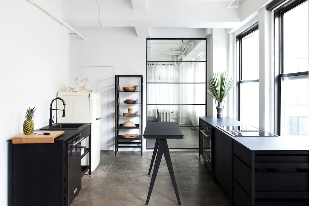 Bright beautiful loft in the heart of manhattan loft in for Loft in affitto new york