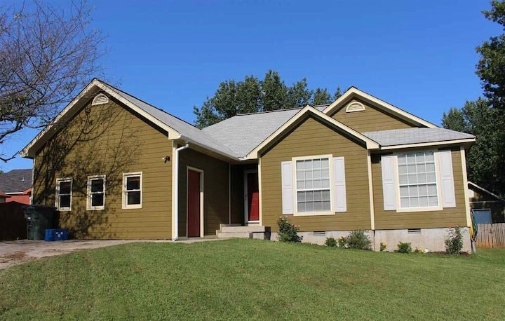 3 Bedroom Home in Research Park