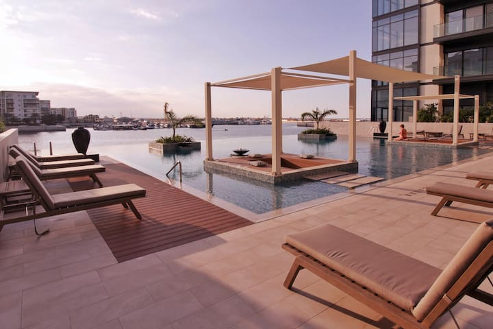Classy BR with Pool, Gym, Beach. Almouj (The Wave)