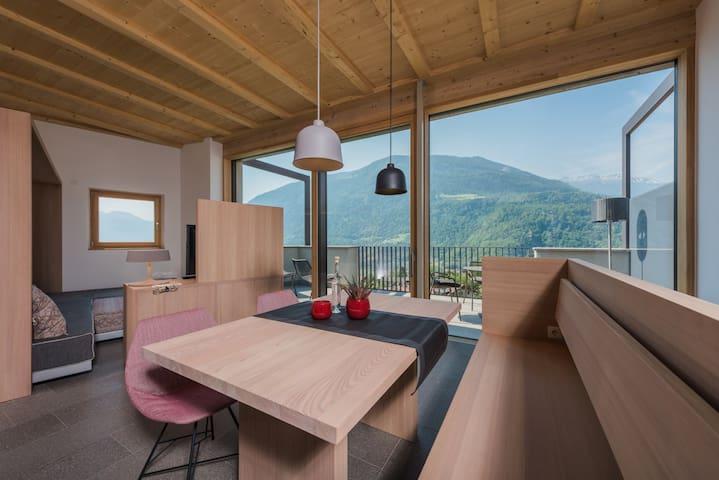 Stylishes Loft, 2 Schlafzimmer, Top Ausblick