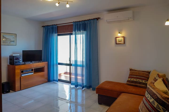 Studio-apartment sea-view.