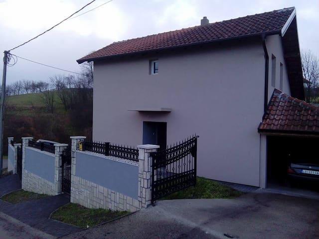 house in Loznica,Serbia - Banja Koviljača - Casa