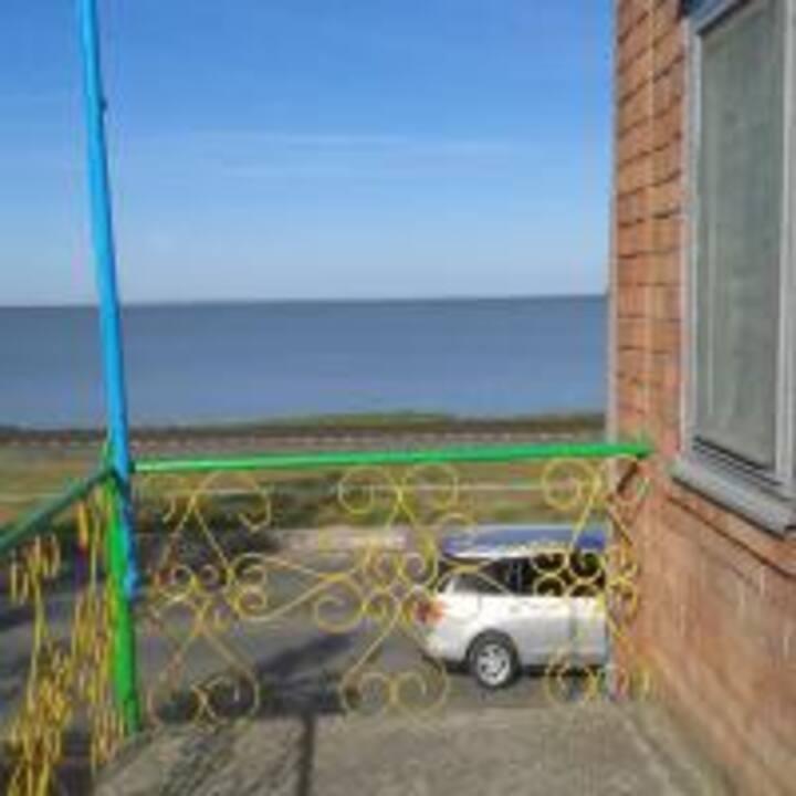 Гостевой дом «Нижние сады» в 10 метрах от моря