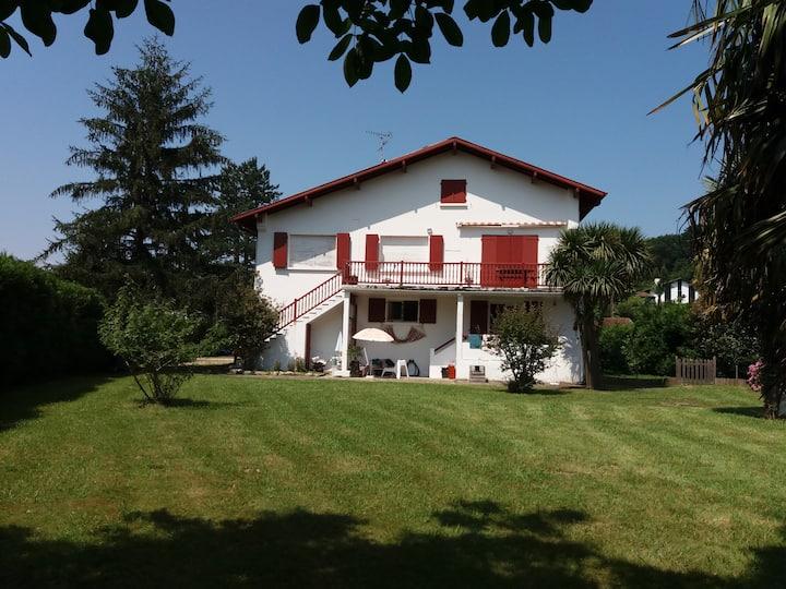 Grand appartement de 140 M2 au cœur du Pays Basque
