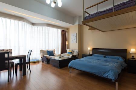 西湖零距离 地铁一号线 吴山夜市、湖滨银泰、大空间舒适家庭房 - Hangzhou - Appartement
