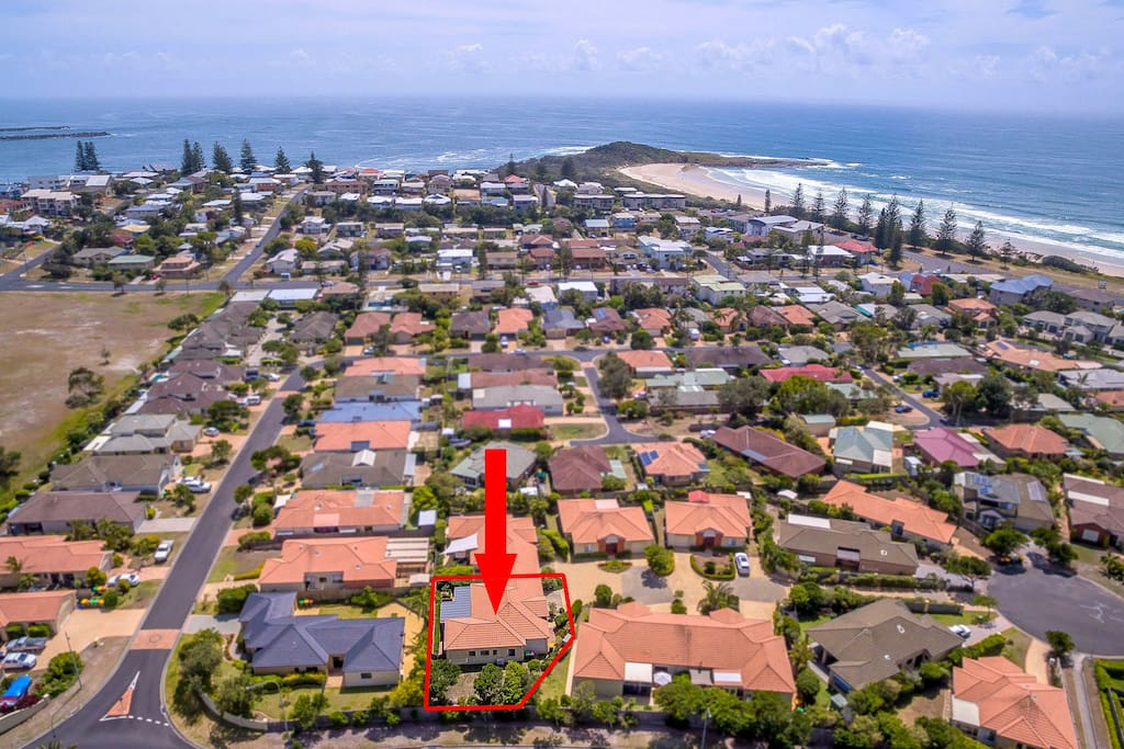 Aerial view - close to beautiful beaches!