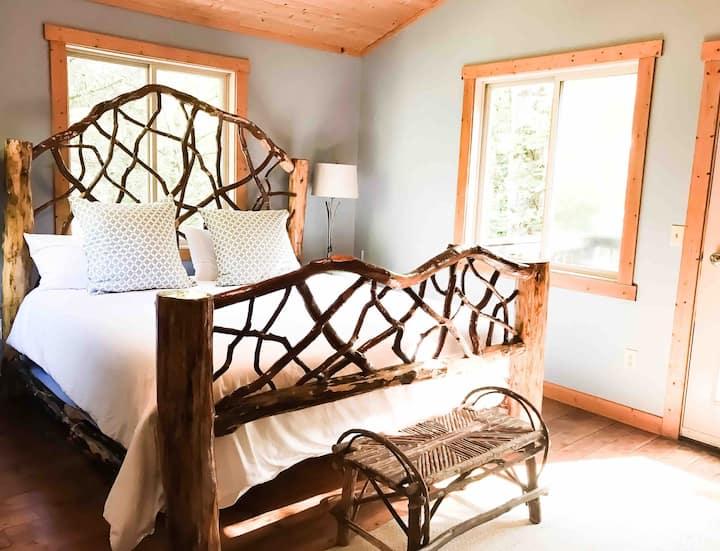 Hawks Nest Cabin