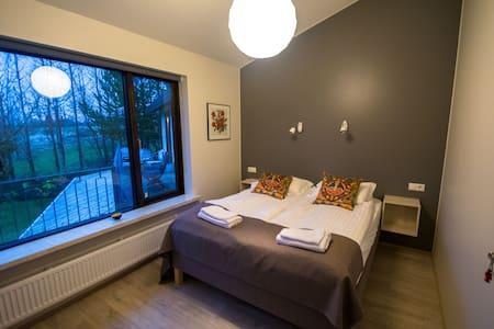 Room 4 - 塞爾福斯(Selfoss)
