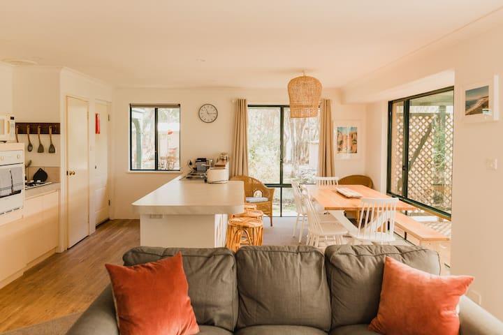4 Bedroom bush sanctuary with hotel facilities