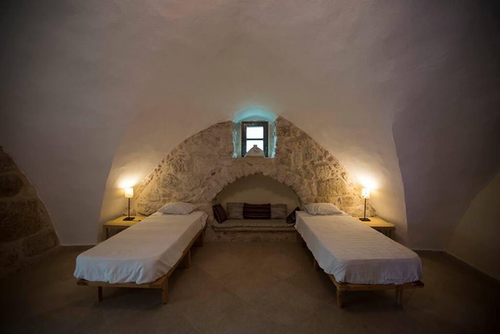 Crusader Room