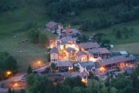Casa di montagna isolata vicino alle piste 6 posti - Castione della Presolana - Leilighet