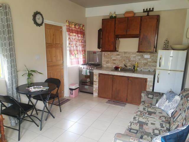 Tessa's Apartment Trafalgar, Experience Dominica.
