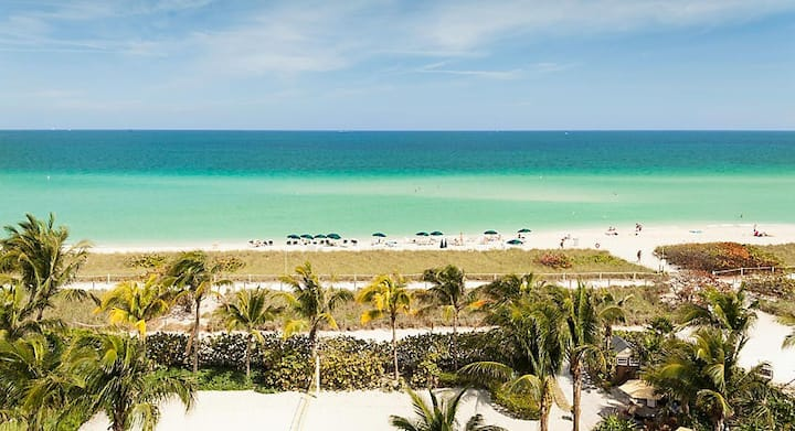 Surfside, FL. Easter at Solar Beach Resort