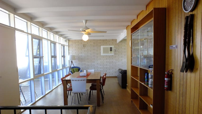 Victor Lodge in the heart of Victor Harbor - Victor Harbor - Huis