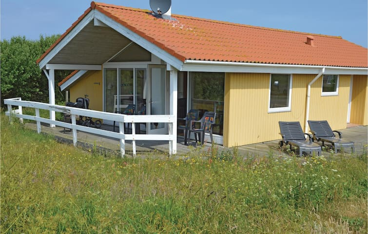 Holiday cottage with 3 bedrooms on 90 m² C79155