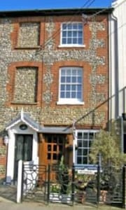 Cosy cottage by the sea in Bembridge Isle of Wight - Saint Helens - House