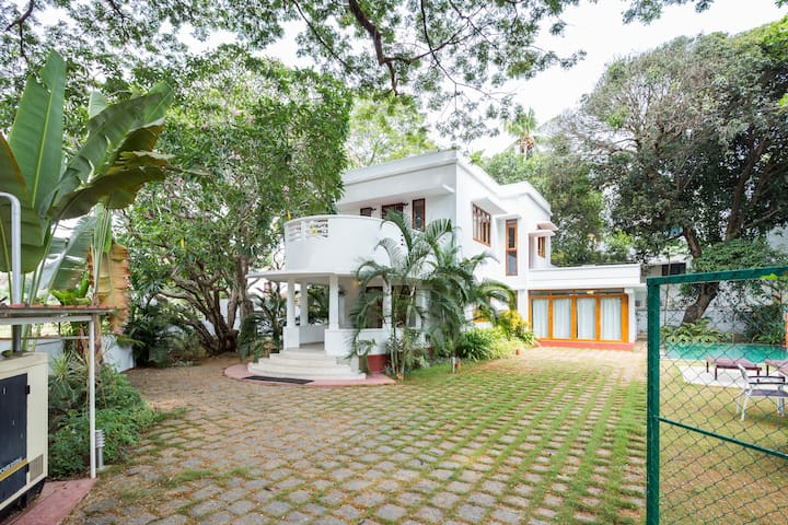 Twin Bungalows in Fort Kochi