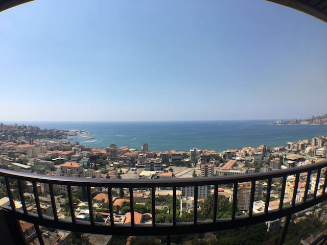 Jounieh, the best sea view ever !! Luxurious Place