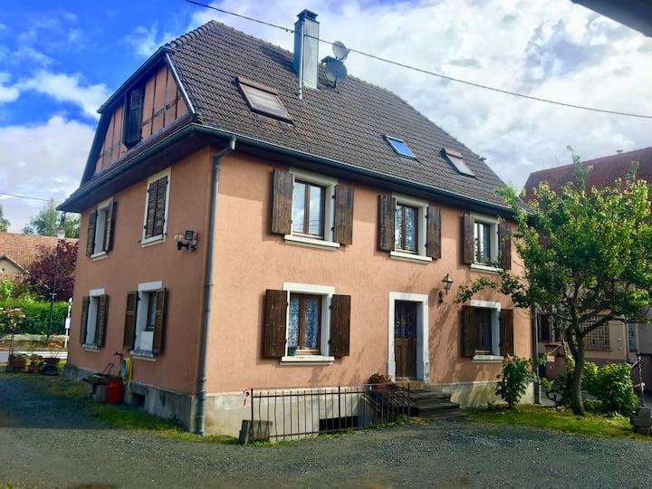 Chambre dans un petit village d'Alsace