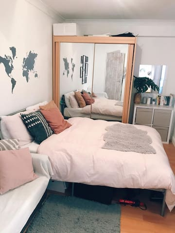 Beautiful & cosy double bedroom in Shoreditch
