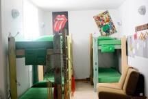 Habitación niños/niñas hasta 10