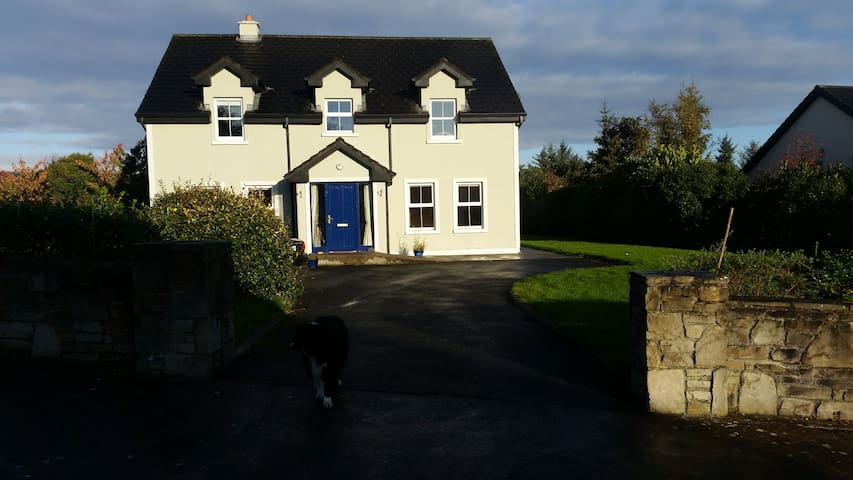 5 Bedroom House, Westport - Mayo - Casa