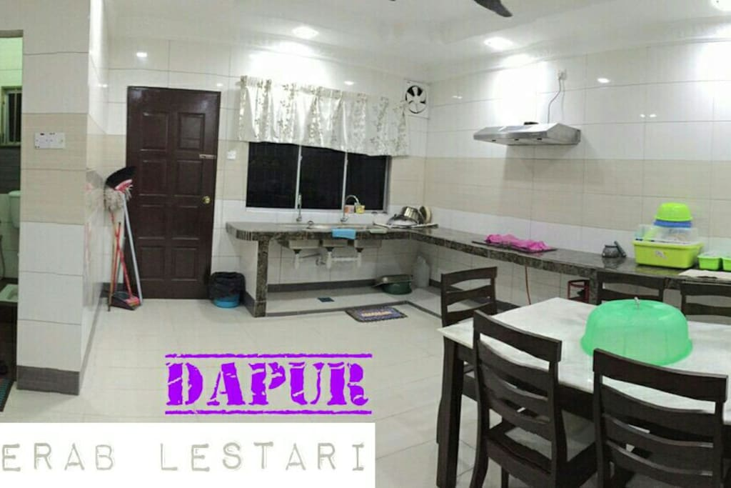 Complete Kitchen Area for you and your family feel at home!