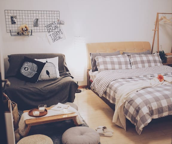 [Charlotte's home]温馨舒适二居室