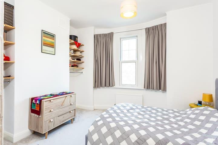 Spacious Double Room in Central London - Islington