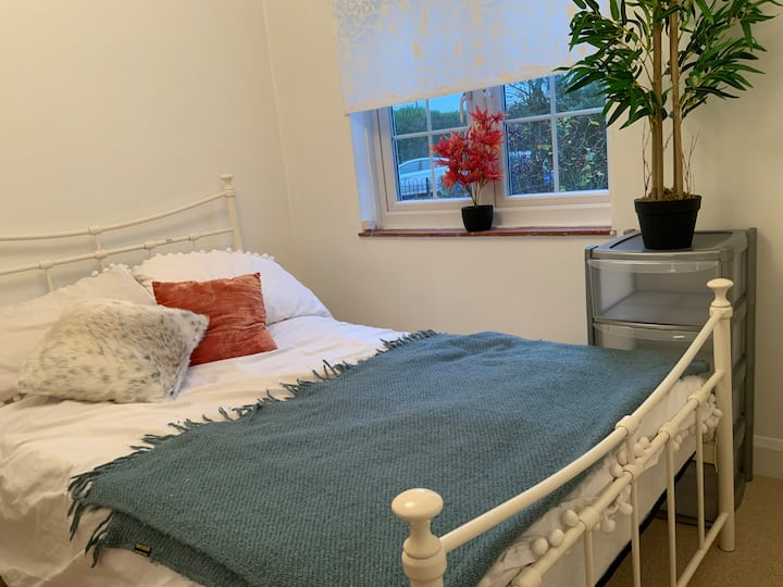 Comfortable room Earlsfield close 2 Central London