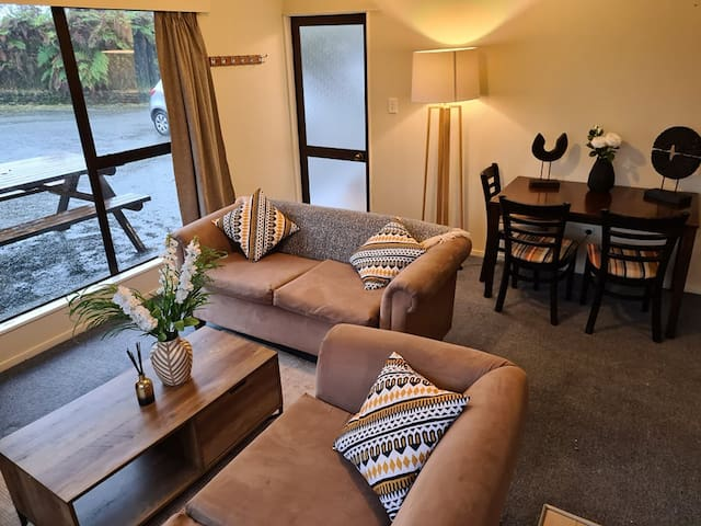 Cosy 3 bed apartment in the heart of  Franz Josef