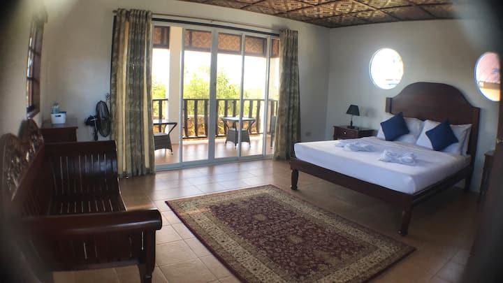 Private Villa 5 - beautiful peaceful mountain home