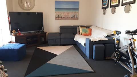 homey place, relaxing and affordable place.