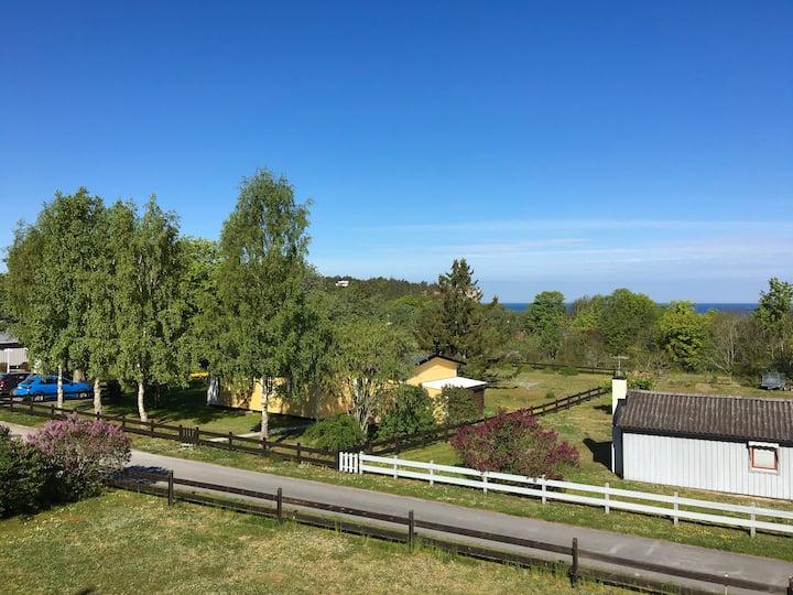 Härlig villa vid havet, nära Visby. Plats för 10p.