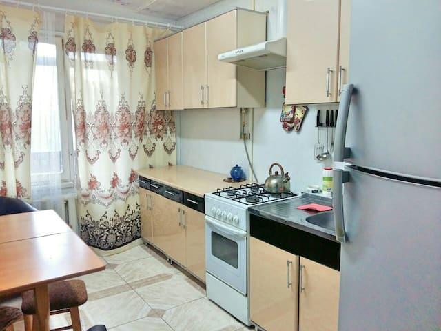 Большая квартира в хорошем районе Одессы! - Odessa - Appartement